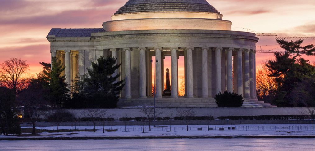 Jefferson Memorial Winter Sunrise Icy River