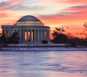 Jefferson Memorial winter sunrise icy cold